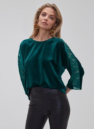 People By Fabrika Dantel Detaylı Kadife Bluz Yeşil